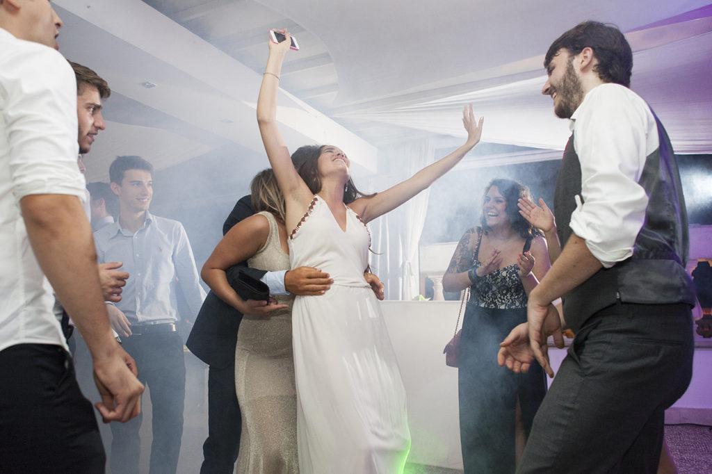 Auguri Matrimonio Con Una Canzone : Frasi matrimonio matrimonio news e articoli pourfemme
